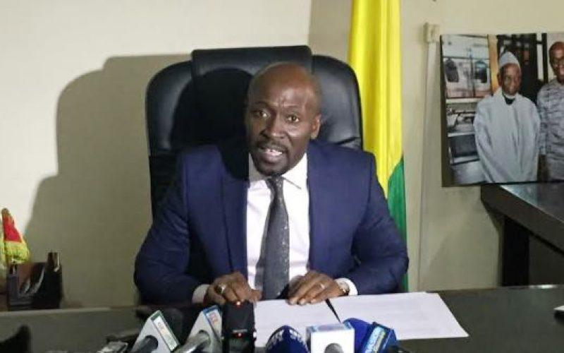 """Référendum en Guinée: K. Gassama Diaby """"supplie"""" Alpha Condé """"de résister à cette tentation"""""""