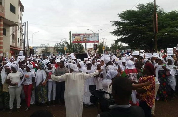 La marche de la colère des Guinéennes contre les autorités et les forces de l'ordre