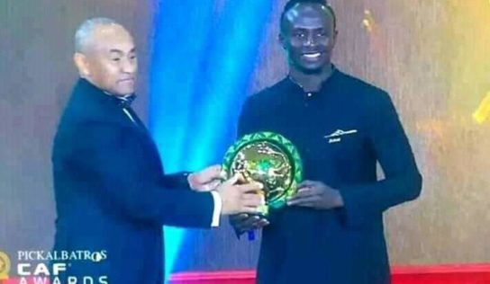 CAF AWARDS 2019 : Sadjo Mané rafle la mise face à l'Egyptien Mohamed Salah