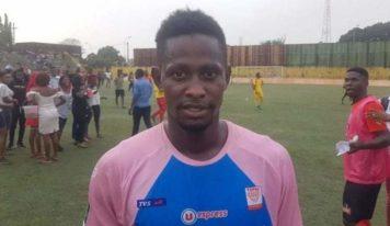 Mercato : le Club industriel de Kamsar recrute Amadou Oury Barry, meilleur buteur de la saison