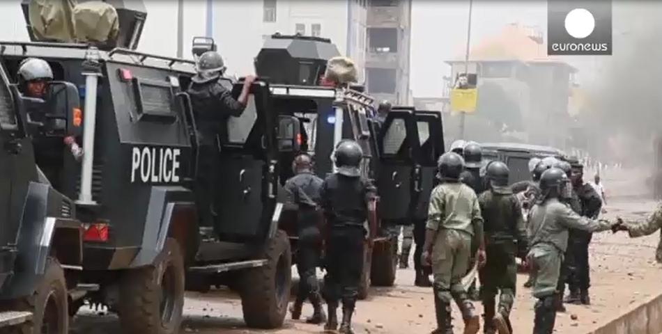 Manif pour le départ d'Alpha Condé :  un grand arsenal déployé sur les carrefours de Conakry