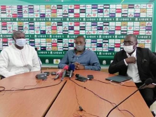 Football : les championnats reprennent début octobre