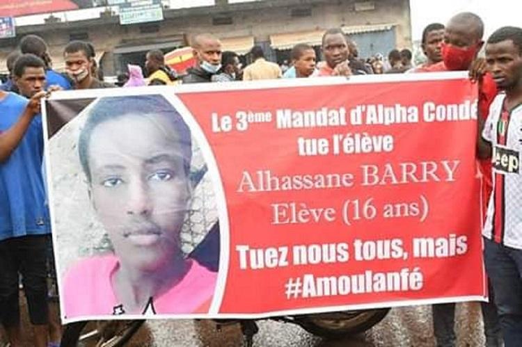 Une énième victime des manifestations politiques enterrée à Conakry