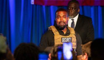 Présidentielle aux États-Unis : Kanye West fond en larmes pour son 1er meeting
