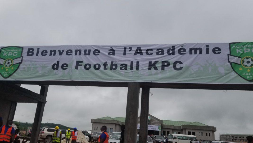 Visite au Complexe sportif et académique de KPC