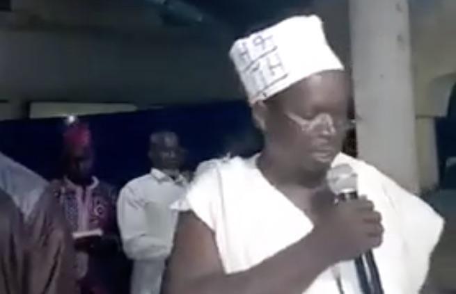 Guinée : l'imam qui veut prier en malinké