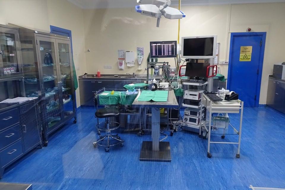 Covid-19 : Abou Dhabi offre un hôpital de campagne de 200 lits à la Guinée