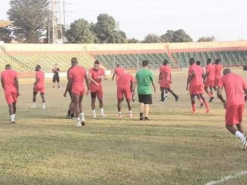 Cascade de forfaits dans les rangs du Syli national de Guinée: Didier Six se tourne vers le joueurs locaux