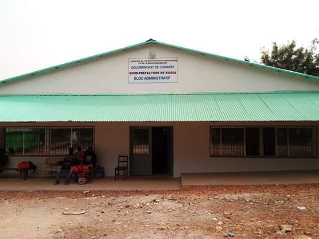 île de Kassa/Conakry : les habitants en colère après le limogeage du sous-préfet, Cheick Traoré