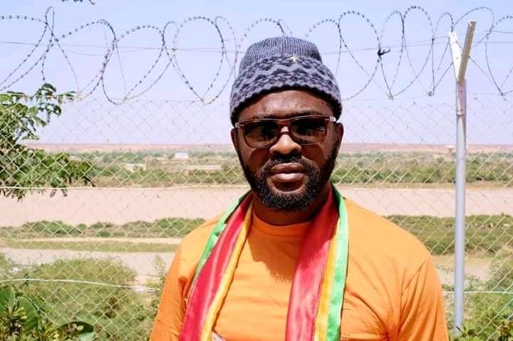 Fonikè Menguè jugé lundi prochain. Son avocat lui conseille de mettre fin à la grève de la faim
