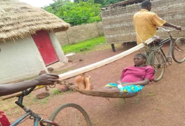 Femme enceinte transportée dans un hamac : Que s'est-il passé ?