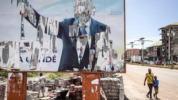 L'ex-président Condé «demeurera en Guinée», affirme la junte