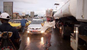 Conakry : le commerce qui s'invite dans les rues