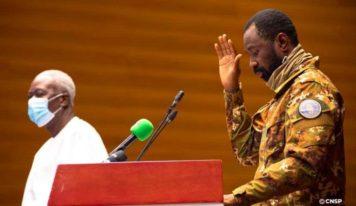 Mali : Assimi Goita destitue (officiellement) les autorités de Transition et reprend la main